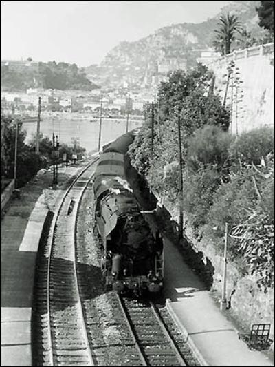 """The Calais-Mediterranée Express (a.k.a., """"Le Train Bleu"""")"""