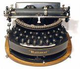 b68af5ba3065bf6821a02b9eb572cd65--antique-typewriter-vintage-typewriters